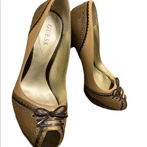 Guess Tan and Brown Heels